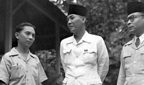 1945 Sukarno