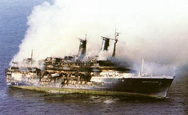 Willem Ruys Burning