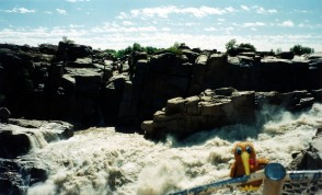 Traveling Kiwi at Capetown Falls