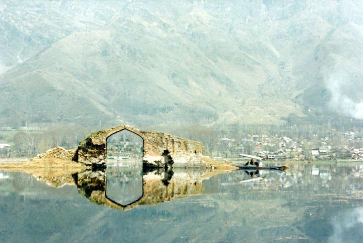 Lake Dahl, Srinigar